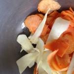 veg crisps in bowl with oil
