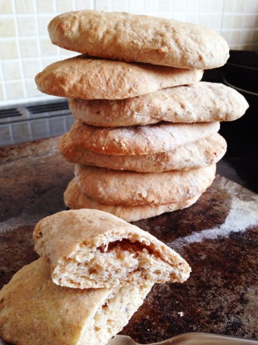 Easy to make wholemeal pita