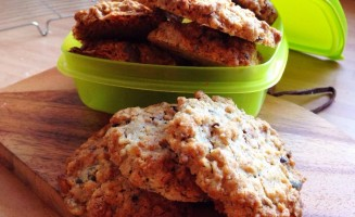 Healthy seed cookies--great for kids' lunchboxes
