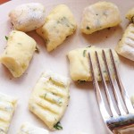 press-gnocchi-with-fork