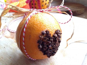 heart-orange-pomander